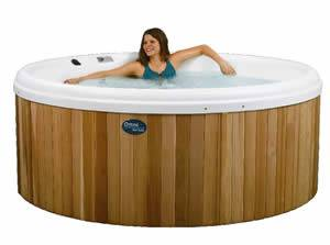 Hire the Luxury Omni Hot Tub