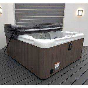 Aqua Lift EZ Cover Lifter from Leicester Hot Tub Hire, Sales, Chemicals, Accessories & Hot Tub Parts.