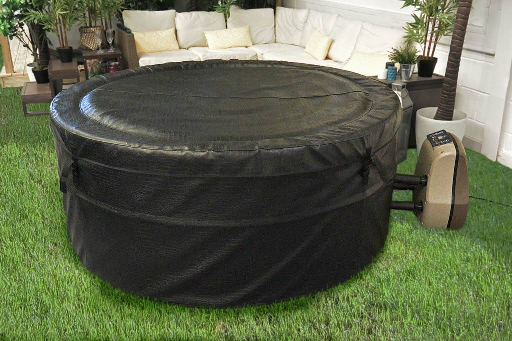 Dream Bubble Spa with cover on.